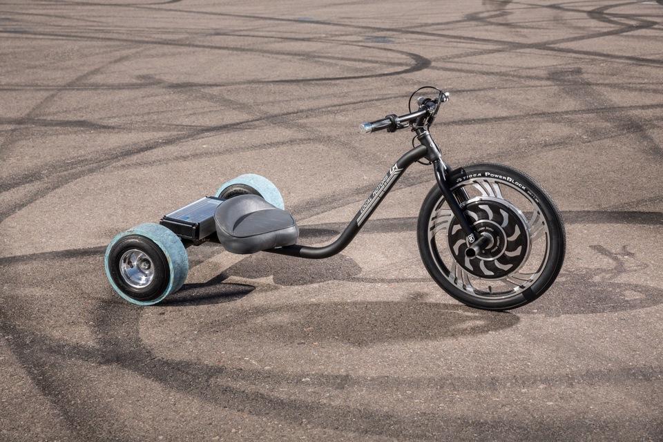 Трехколесный велосипед для спортсменов
