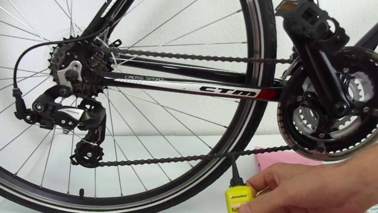 Чистка и смазывание цепи на велосипеде