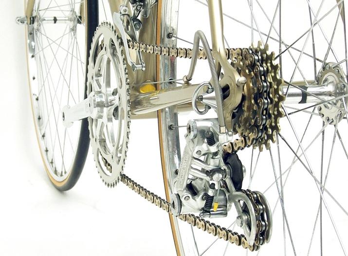 Проскакивает цепь на велосипеде