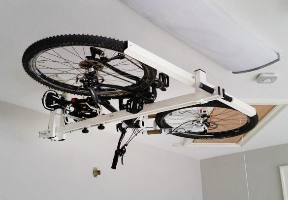 Хранение велосипеда под потолком