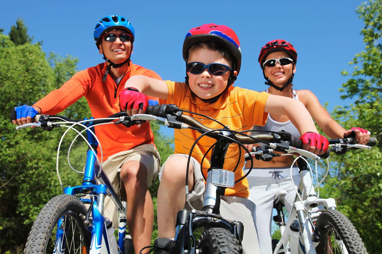 Правила езды на велосипеде для школьников и их родителей