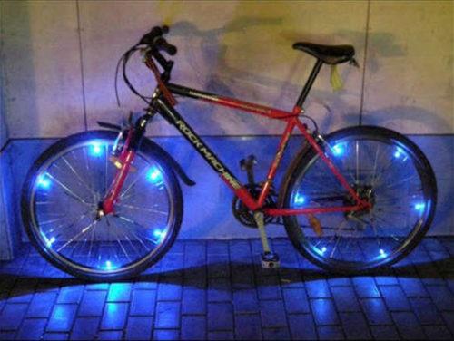 Велосипед со светодиодами на колесах