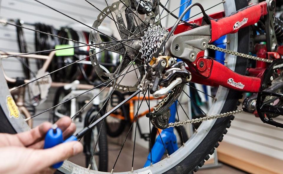 """Картинки по запросу """"Ремонт велосипедов: куда обратиться за помощью для железного коня"""""""